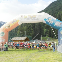 atleti-de-La-Thuile-Trail-nel-momento-della-partenza-2-luglio-2016